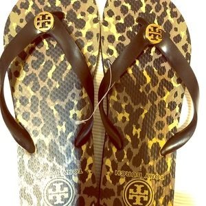 Tory Burch Flip Flops 8 New Animal Print